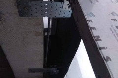 Abutment-of-the-plate-to-the-double-glazed-window-4