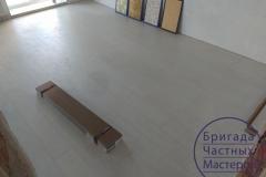 laying-laminate-flooring-on-Prodolny-2-2