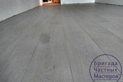 laying-laminate-flooring-on-Prodolny-2-3